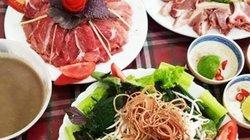 Bán kết lượt về Việt Nam gặp Philippines: Nhà hàng hút trăm triệu/ngày