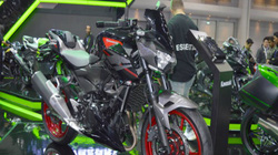 Kawasaki Z400 giá 132 triệu đồng, phái mạnh thao thức