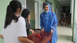 Đà Nẵng: Hối hả dọn dẹp trường lớp sau mưa lớn chưa từng có