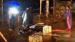 3 người đang chạy xe máy bất ngờ bị điện giật, 1 người chết