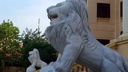 """Sư tử đá """"canh cửa"""" Tòa án và Cục Hải quan: Lãnh đạo Sở VH nói gì?"""