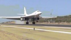 """""""Thiên nga trắng"""" Tu-160 Nga vượt 10.000km đến """"hỗ trợ người bạn"""" Venezuela"""