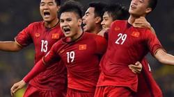 """Phá lưới Malaysia, Huy Hùng mang """"mưa tiền thưởng"""" về cho ĐT Việt Nam"""