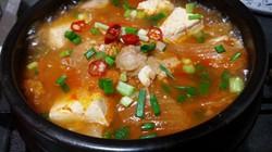 Ấm sực ngày đông nhờ những món canh cay nóng chuẩn vị Hàn