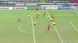 CĐV Malaysia tố bàn thắng của Anh Đức không hợp lệ