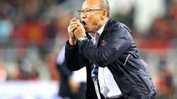 Vì sao VFF chưa gia hạn hợp đồng và tăng lương cho HLV Park Hang-seo?