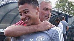 Ngôi sao nào của M.U là người đầu tiên lên tiếng tri ân HLV Mourinho?