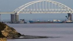 Nóng Nga-Ukraine: Tàu chiến Kiev chuẩn bị vào eo biển Kerch