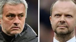 Vừa sa thải HLV Mourinho, M.U đã kiếm được 120 triệu bảng