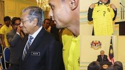 NÓNG nhất tuần: Thủ tướng Malaysia nói về thất bại trước VN ở AFF Cup
