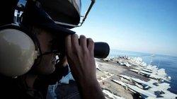 """Mỹ đưa tàu chiến vào vùng Vịnh, Iran """"nổi đóa"""" dọa tấn công"""