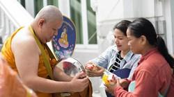 30 vạn nhà sư Thái Lan đối mặt béo phì và bệnh tật vì đồ ăn dân cho
