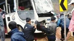Sơn La: Xe khách đối đầu xe tải, hàng chục hành khách hoảng loạn