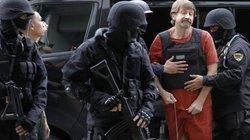 Doanh nhân Nga tuyên bố thà ngồi tù chứ không phản quốc
