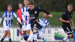 Văn Hậu đá chính cả trận, đội trẻ Heerenveen bị cầm hòa đáng tiếc