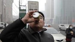 Dân Trung Quốc đổ xô mua không khí đóng chai từ Canada trước tình trạng ô nhiễm