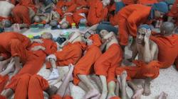 """Bên trong nhà tù """"địa ngục"""" giam giữ hàng ngàn khủng bố IS ở Syria"""