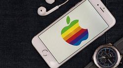 Biến đàn ông thành người đồng tính, iPhone của Apple bị kiện
