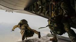 """Đêm nhảy dù """"ác mộng"""" của 23 binh sĩ Mỹ"""