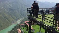Lập đoàn kiểm tra nhà hàng xây trên đèo Mã Pí Lèng
