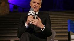 """HLV Wenger sẵn sàng """"giải cứu"""" M.U, """"cảnh báo"""" Pogba?"""