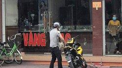Quảng Ninh: Táo tợn nổ súng cướp tiệm vàng
