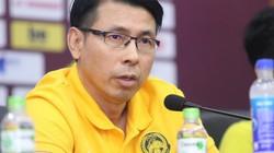 """HLV Malaysia đáp trả khi bị hỏi """"xoáy"""" về 2 trận thua trắng ĐT Việt Nam"""
