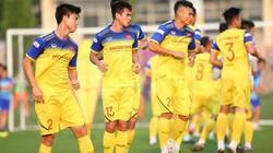 HLV Park Hang-seo gạch tên 2 tuyển thủ Việt Nam: Bất ngờ!
