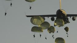 """Mỹ và """"dấu chấm hết"""" cho chiến thuật lính dù đổ bộ giữa lòng địch"""