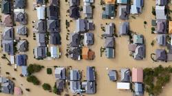 Siêu bão mạnh nhất 6 thập kỷ ở Nhật: Hơn 2.600 túi phóng xạ độc hại bị cuốn ra sông