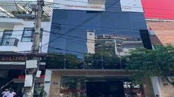 Đà Nẵng: Kinh hoàng khung sắt rơi trúng 2 vợ chồng đi đường