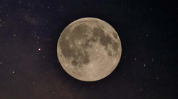 Sinh ra vào ngày trăng khuyết hay trăng tròn có ảnh hưởng đến tính cách?