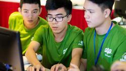 Ba sinh viên trẻ vô địch cuộc thi lập trình có giải thưởng 1 tỷ đồng
