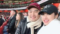 Sau ly hôn lần 2, Chi Bảo hẹn hò bên trời Anh với bạn gái kém 16 tuổi