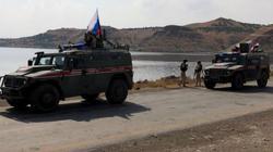 Tin quân sự: 300 lính Nga, 20 xe bọc thép ùn ùn tiến về Bắc Syria