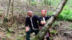 """""""Kho vàng"""" lộ thiên của cặp vợ chồng người Mông ở đỉnh mây mù"""