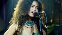Đồng Lan gây tranh cãi khi hát Bolero theo phong cách jazz