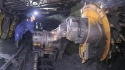 """Phát huy truyền thống """"Kỷ luật- đồng tâm"""" là sức mạnh của người thợ mỏ"""