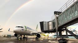 Bão số 6 đi vào đất liền, nhiều chuyến bay tiếp tục bị huỷ và điều chỉnh