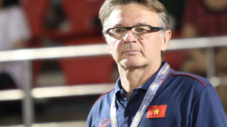 HLV Troussier nói gì về màn đá ma gây tranh cãi của U19 Việt Nam?