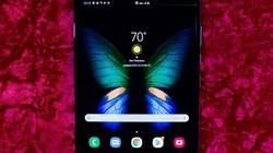 HOT: Smartphone gập lại Galaxy Fold sắp ra mắt tại Việt Nam