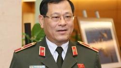 """Tướng Nguyễn Hữu Cầu lý giải vì sao giới trẻ thần tượng Khá """"Bảnh"""""""