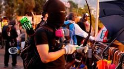 """Chính quyền Hồng Kông: Người biểu tình đã biến đại học thành """"nhà máy vũ khí"""""""