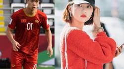 Vừa tuyên bố là fan cứng ĐT Việt Nam, Ngọc Trinh lập tức bảo vệ Công Phượng