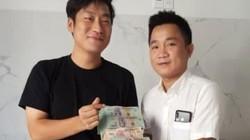 Chủ nhà hàng ở Hội An trao trả gần 1,6 tỷ đồng cho du khách Hàn Quốc
