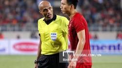 Theo luật FIFA, trọng tài Oman có đúng khi từ chối bàn thắng của Bùi Tiến Dũng?
