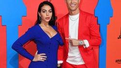 Ronaldo sắp kết hôn với bạn gái nóng bỏng?