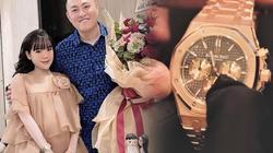 Cuộc sống ít biết của YouTuber và bà xã hot girl vừa tậu đồng hồ 2,5 tỷ đồng