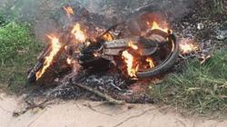 Hành hung, đốt xe máy của người đàn ông nghi đi trộm cắp