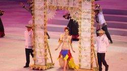 Dàn hoa hậu Philippines gây ấn tượng với màn diễu hành khai mạc SEA Games 30